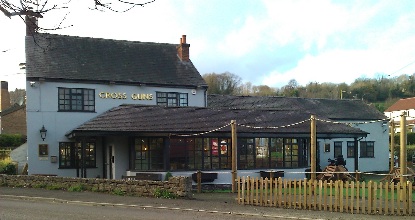 New faces due at Cross Guns Inn, Pant